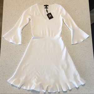 NWT Massimo Dutti Ivory Bell Sleeve Knit Dress